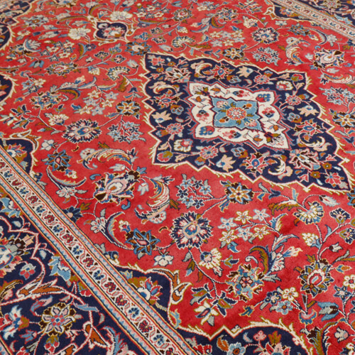 http://carpetpalace.fr/media/catalog/category/orient-iranien_1.jpg